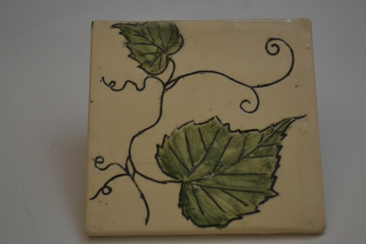 Grape Leaf Mishima Tile