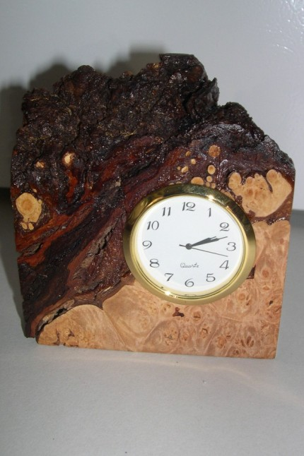 Wood Edge Clock