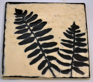 Fern Sgraffito Tile